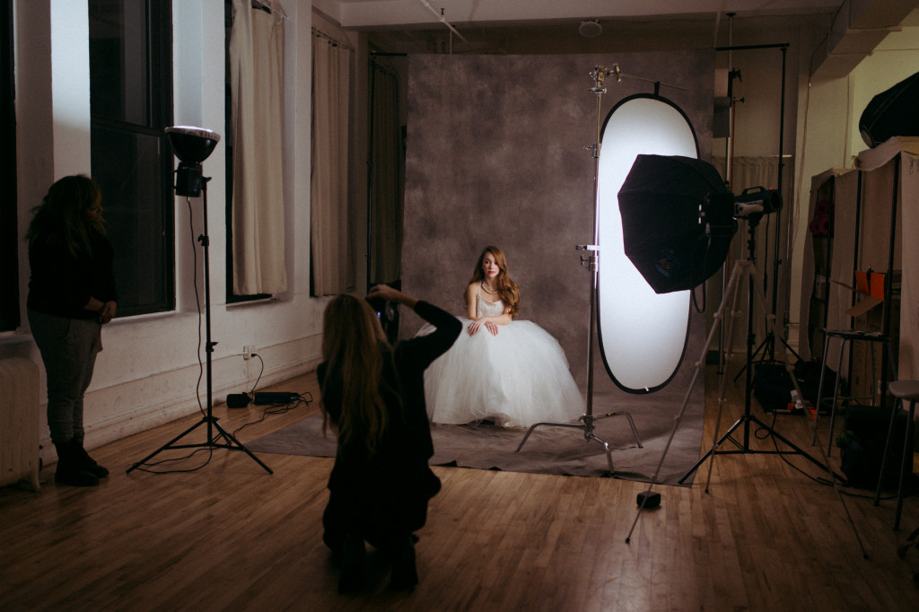 behind-the-scenes-photography-photo-retouching-sample